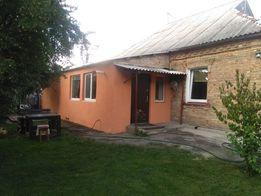 Продам пол дома с землей 6 соток в Вишневом (центр)