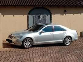 Mercedes S500 v8 in a excellent condition a must see