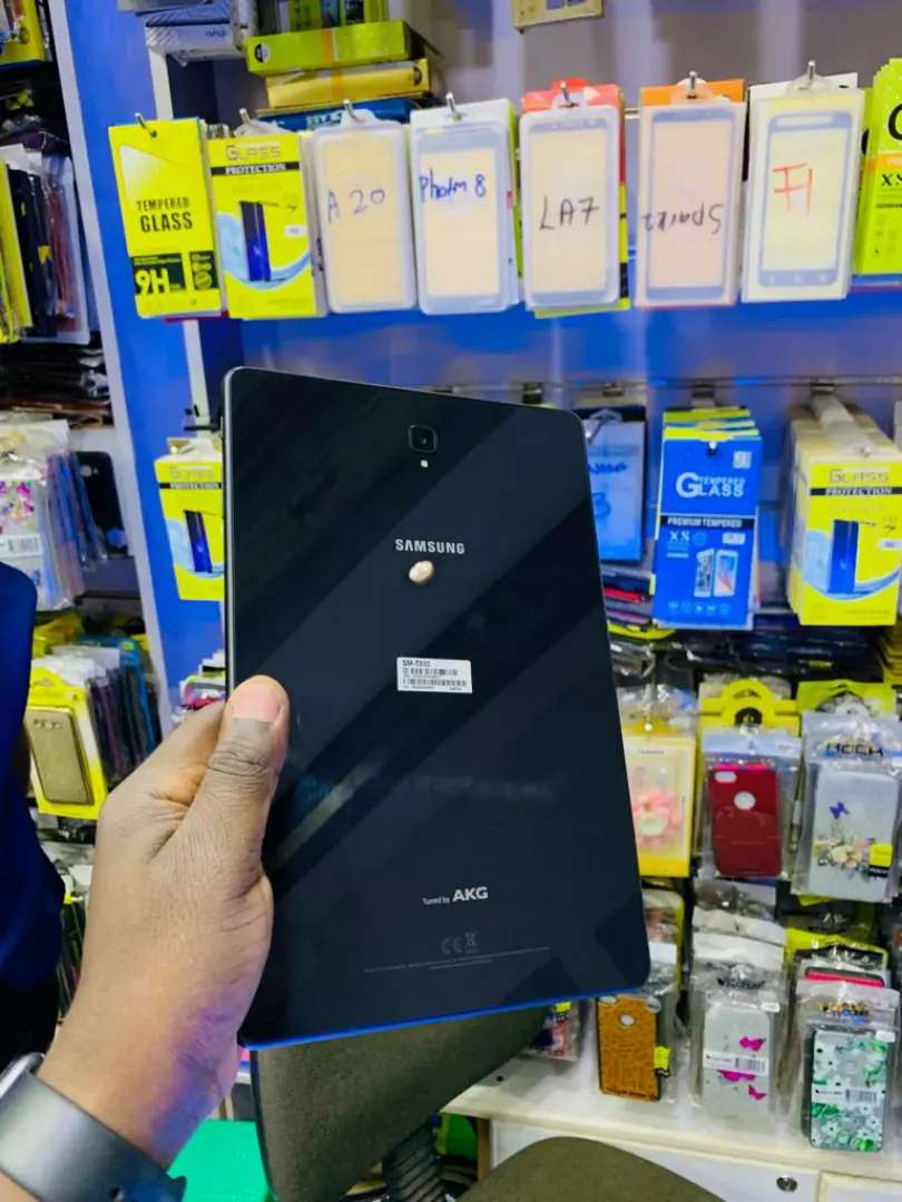 Samsung Tab S4 from UK 0