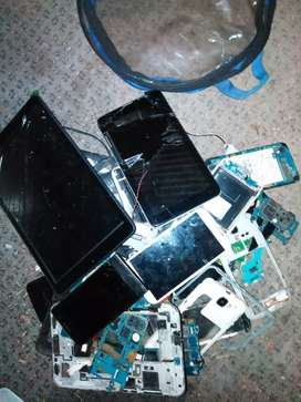 Mixed brand cellphones and tablets for spares