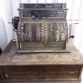 1911 Antique National cash register 4 drawer