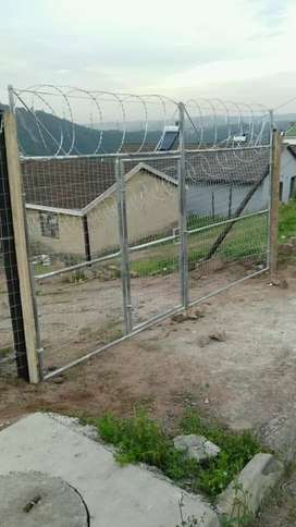 We doing all types of fencing retaining
