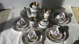 Роскошный кофейный сервиз(Коростень,золочение,тарелки,два кофейника)