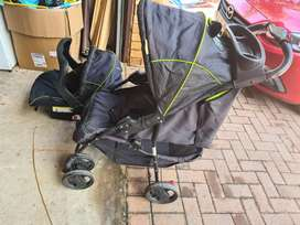 Pram with carry chair system