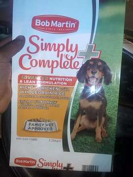 Quality 50kgs of dog and cat food mix