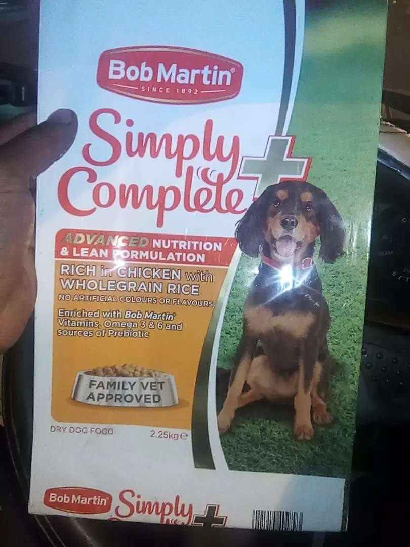 Quality 50kgs of dog and cat food mix 0