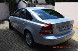 2005 Volvo S40 2,4i model up for sale.