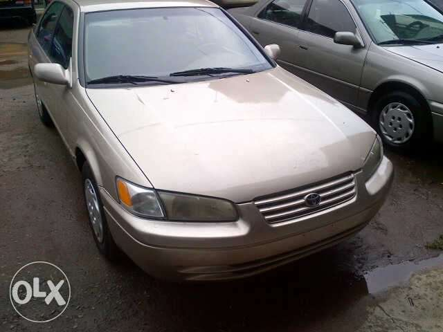 Clean Gold Tokunbo Toyota Camry 0
