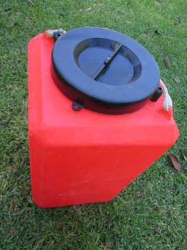 Dry bucket, capsize container, 15-20 litres, used