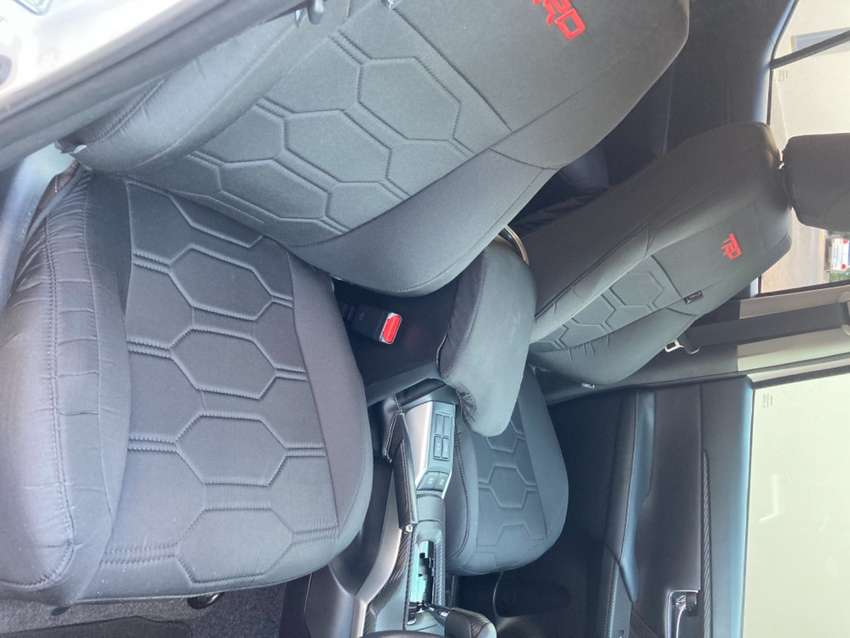 Fortuner Takla Seat Covers 0