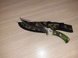 Fixed blade knife (D72)