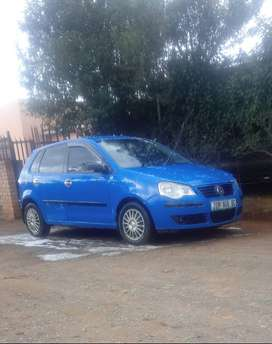2006 polo classic blue in color nd the car is well taken care of