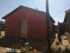 House for sale in Daveyton Chris Hani