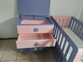 Kids chest of drawer and court bed
