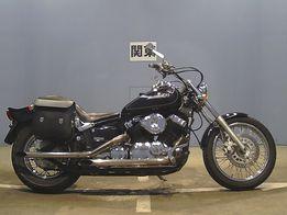 Мотоцикл 7588 Yamaha XVS Dragstar 400 чоппер