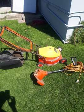 Big Lawnmower and trimmer R1200