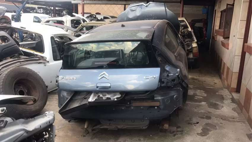Citroen c4 stripping for spare parts 0