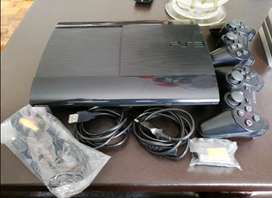 Ps3 Slim 500gb with 19 games and 2 Controllers