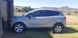 Leather seat,air con,bluetooth,usb,4wd