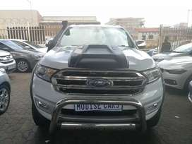 Automatic Ford Everest 3.2 XLT 4WD 7seater