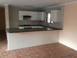 Cottage with 2.5 Bedrooms to Let