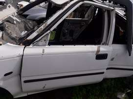 Toyota tazz 2001 stripping for parts