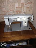 швейная машинка Чайка 3 с тумбой