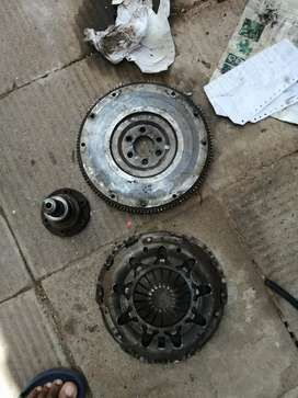 Polo vivo flywheel, pressure plate and gearbox for sale