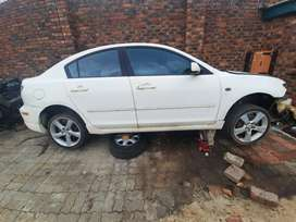 Mazda 3 2.0 Stripping For Spares and Body Accessories