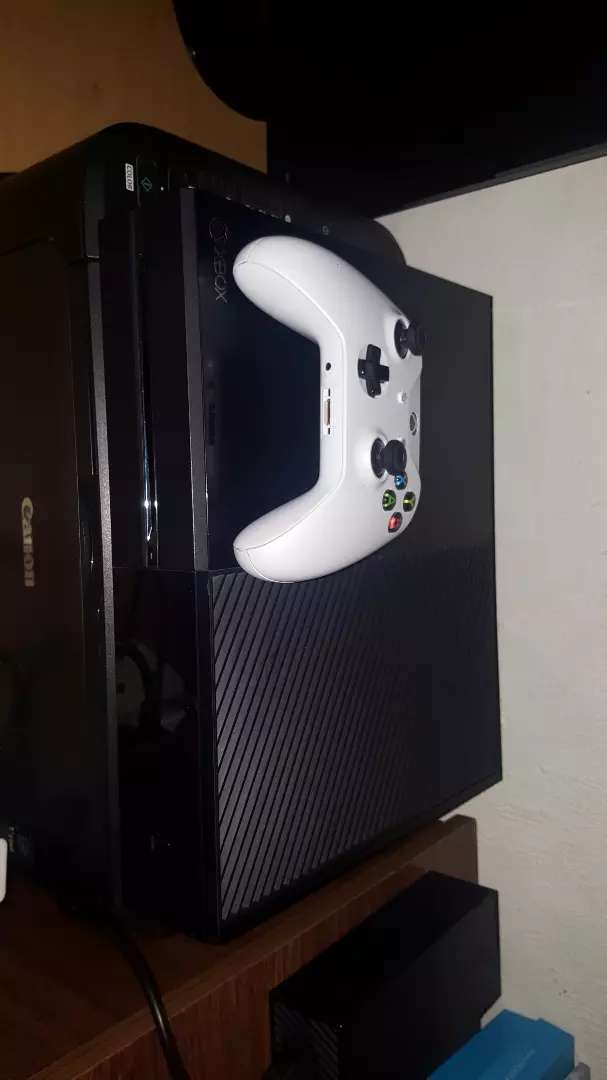 Xbox one and monitor 0