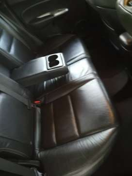 Leather seat, heated seats, air-condition, multi stearing function,