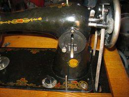 Продам швейную ножную машинку Подольская