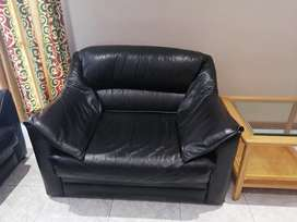 Black Leather 6 Seater Lounge Suite