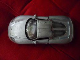 Модель машинки Porsche CarreraGT 13 cм
