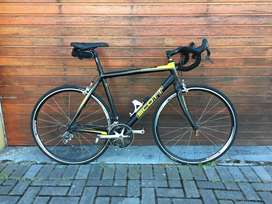 Large Scott Road Bike for Sale - Good Condition
