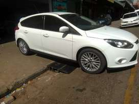 Ford focus 1.9 engine Sport 2012 model available now for sale
