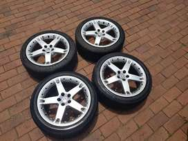Mags and tyres R3500