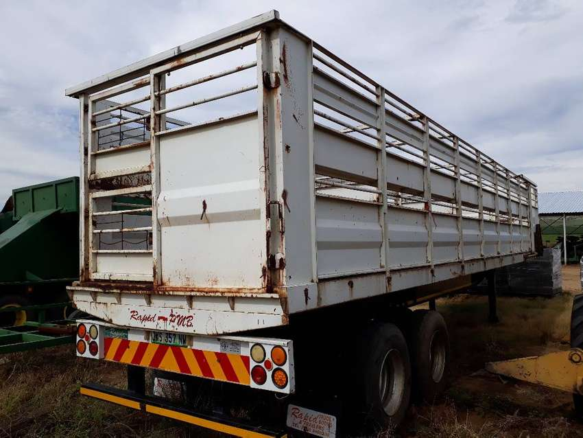 Cattle trailer( 12meter) for sale 0