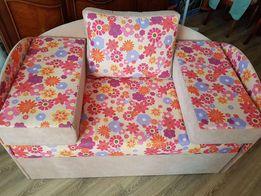 Продам кровать диван для девочки
