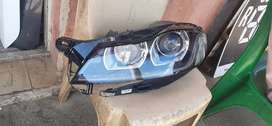 Jaguar xe xenon headlights is available for pickup very clean no dent