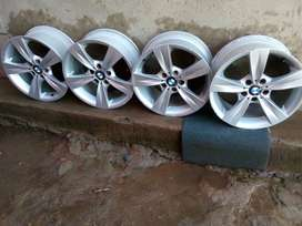 I'm selling my BMW 18inch mags in immaculate condition call for more