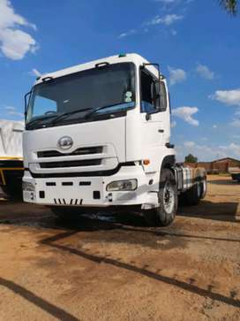Im renting nissan ud 460 trucks with afrit side tiper trailers
