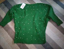 Moda Katalinski zielony sweter z perełkami roz 42-44