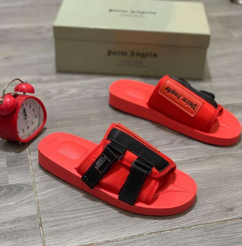 BRAND NEW PALM ANGEL SLIPPERS 0