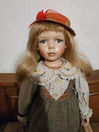 Большая коллекционная фарфоровая кукла 72 см