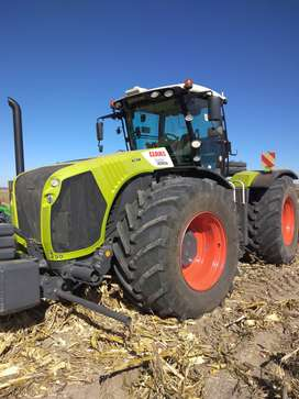 2014 Claas Xerion 5000VC tractor