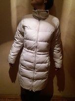 Куртка белого цвета Adidas (пуховик, оригинал)