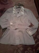 Продам блузу белую