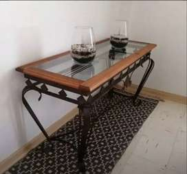 Entrance Table