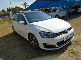 2014 vw GOLF VII GTi 2.0 SUNROOF with 109000km